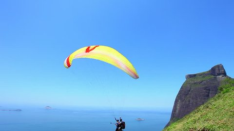 Paragliding in Pedra Bonita in Rio de Janeiro