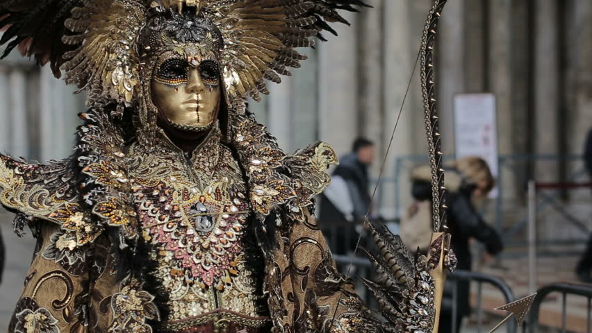 Unidentified people in carnival costumes pose at Venice carnival   Shutterstock HD Video #1008041773