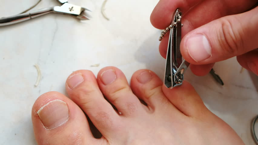 how to cut your toenails