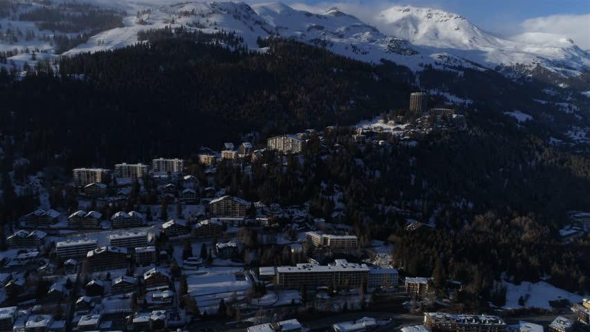 Montana Vermala back fly - Aerial 4K