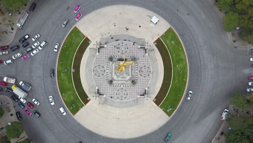 Angel of Independence (Monumento a la Independencia) Bird's Eye View Drone Shot of Roundabout and Golden Statue