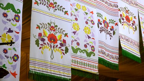 Tatar national patterns on embroidered towels.