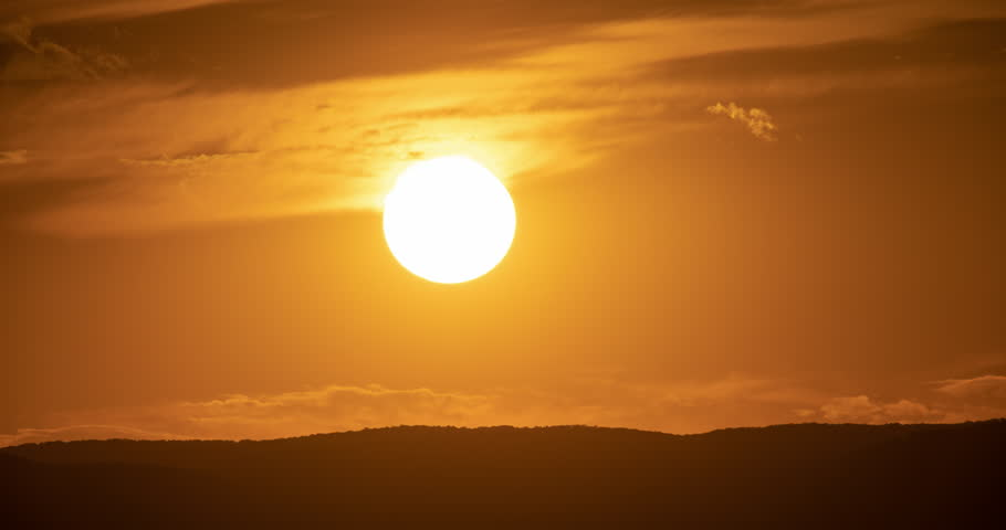 The Sun Setting Over A Hill In Croton On Hudson, New York #1012691603