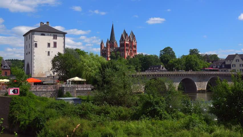 Old Lahn Bridge and Cathedral of Limburg, Limburg an der Lahn, Westerwald, Hesse, Germany, Europe