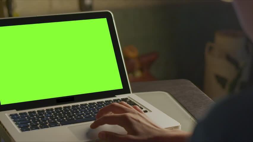 Using Laptop Green Screen | Shutterstock HD Video #1013875103