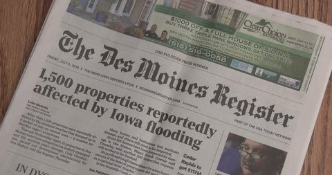 Bettendorf, Iowa - October 8, 2018, Des Moines Register Newspaper Masthead - Iowa - Frontpage - Dropped On Table