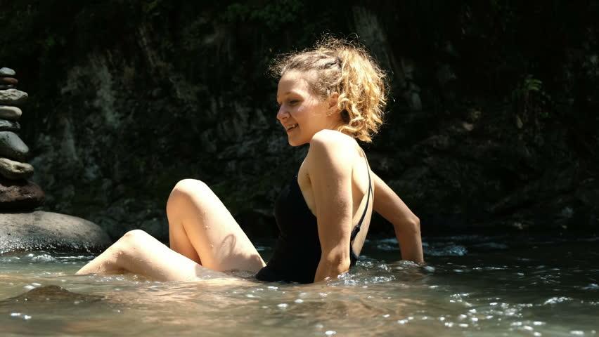 Amateur legs sex in summer dress pics