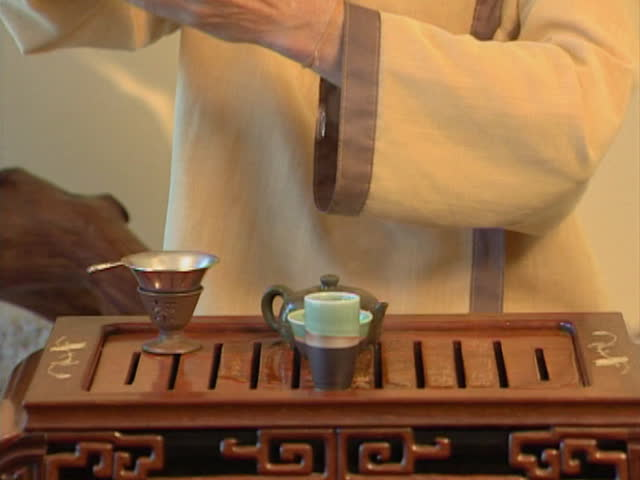 Episode #2, Tea ceremony, PAL
