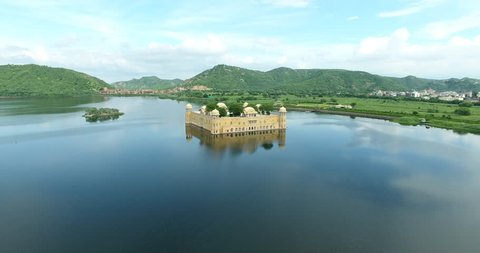 Jal Mahal water palace Jaipur Rajasthan with scenic landscape view. Jal Mahal (Water Palace) was built during the 18th century in the middle of Man Sager Lake. Jaipur, Rajasthan, India, Asia