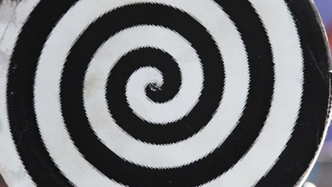 twisted black and white spiral for trance or hypnosis