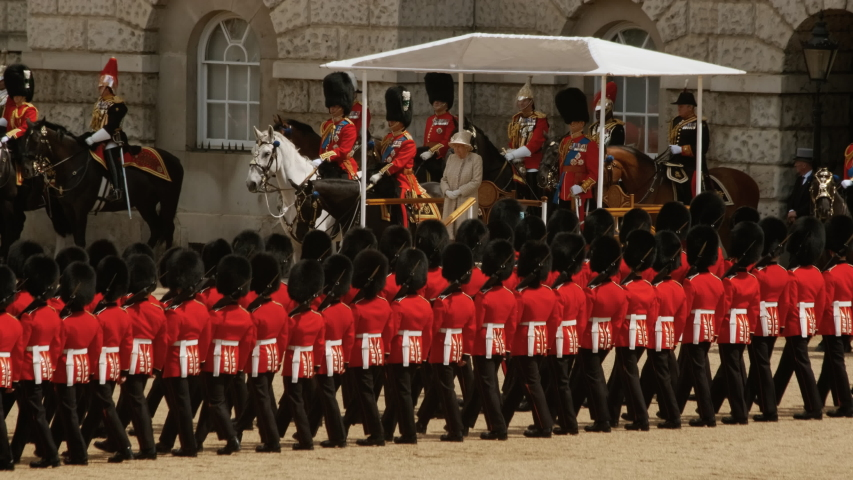 queens life guards - 853×480