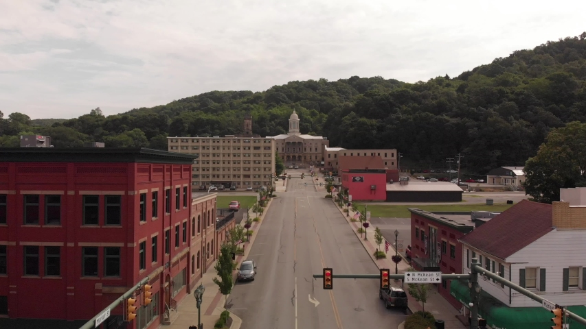 Approaching the Courthouse in Kittanning, PA 16201 Armstrong County | Shutterstock HD Video #1033435973