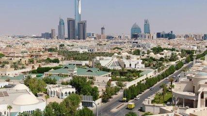 Riyadh (SAUDI ARABIA) - City Panorama View - Aerial Footage - Riprese Aeree 4K