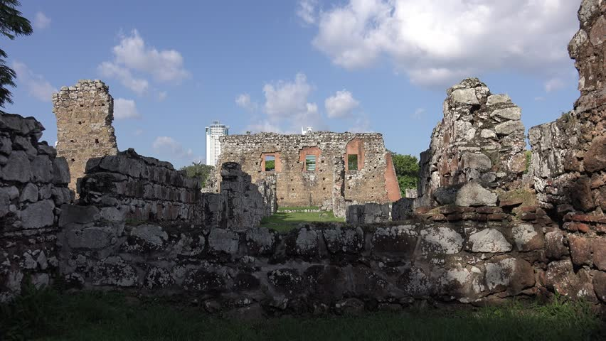 Panama City Central America View Of The Ruins Of Panama La Vieja - 7 ancient ruins of central america