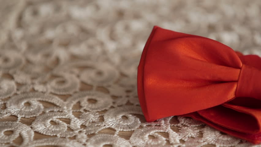 Header of neckwear