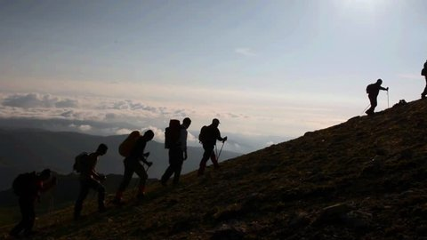 mystical trekking with large groups