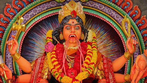 Video UltraHD - Scary and disturbing. sculpted rendering of Kali. the Hindu goddess of time. change. power. creation. preservation and destruction. in a temple.