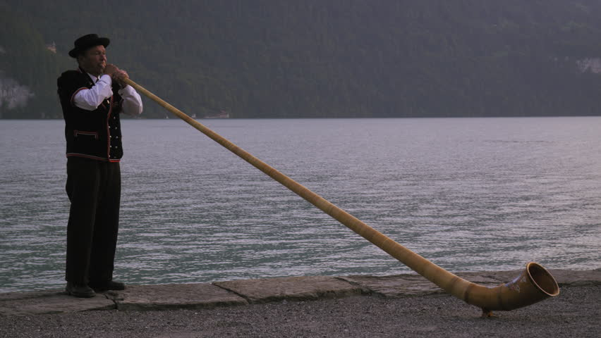Header of alphorn