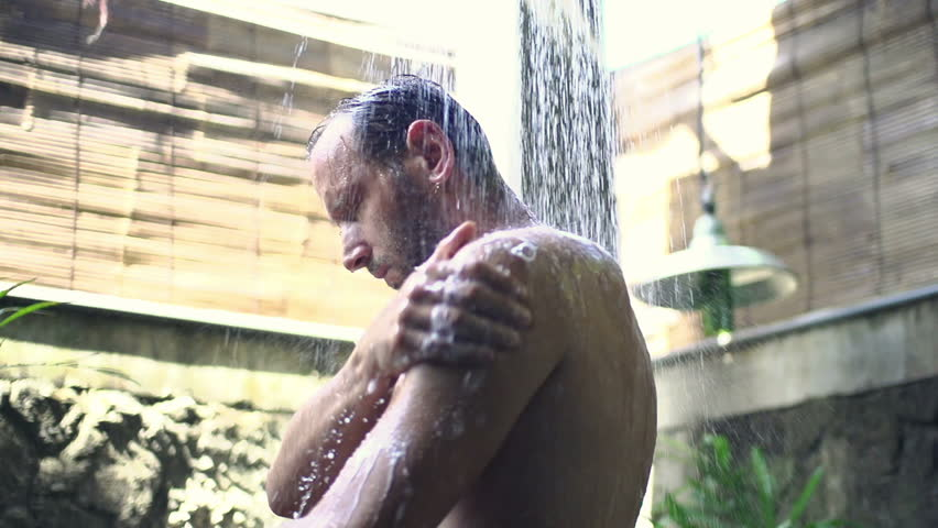 Washing young body video — pic 13