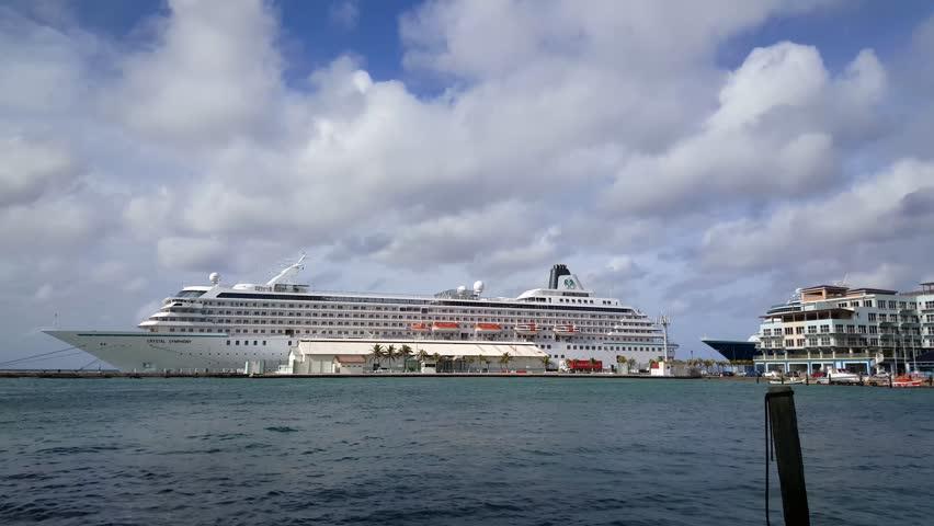 SOUTHAMPTON HAMPSHIREUK SEPTEMBER Tracking Clip Of - Tracking queen victoria cruise ship