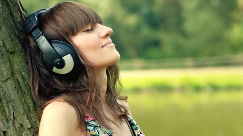 Woman headphone