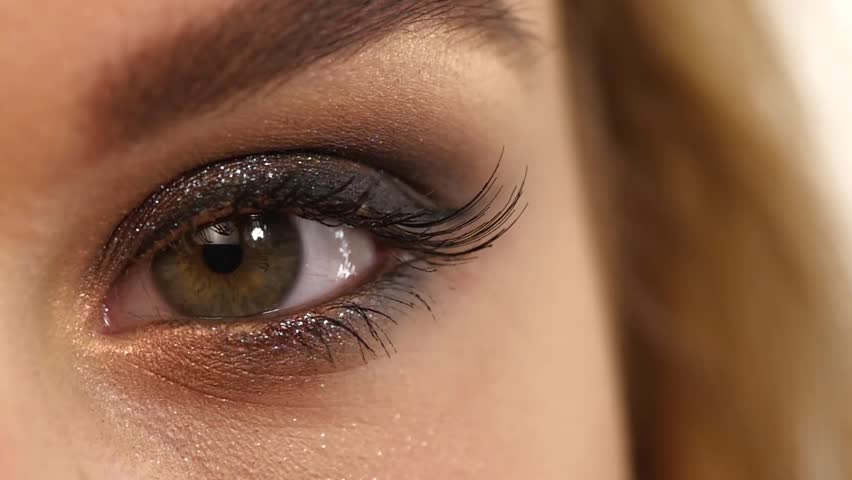 Eye makeup application videos