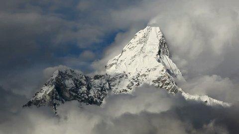 25 SEP 2011, Nepal, Ama Dablam.