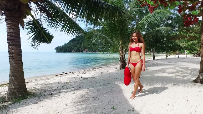 Hot Chick Posing On Beach Bikini