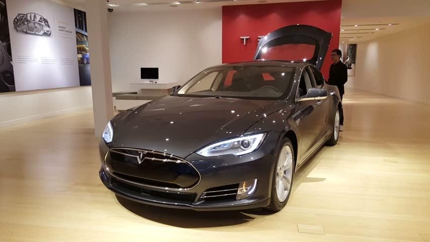 Palo Alto Ca Usa January Tesla Model S Car On Display On