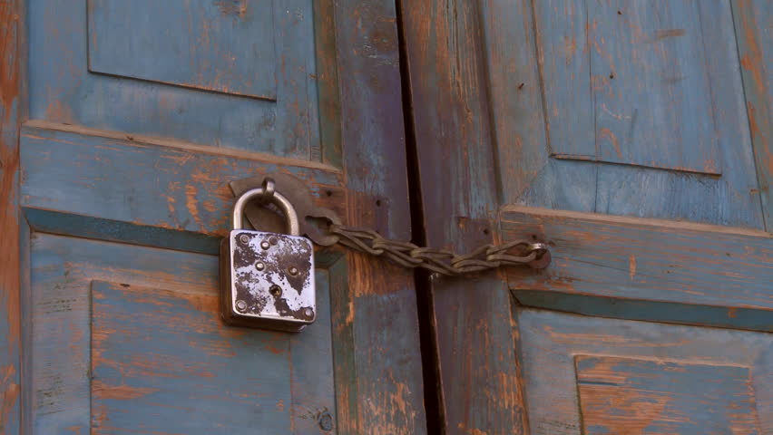 Kalsuin India - CIRCA 2013 - Closeup view of padlocked door - HD stock footage & A Person\u0027s Hand Checks The Closed Door Lock Pulls The Iron Door ... Pezcame.Com