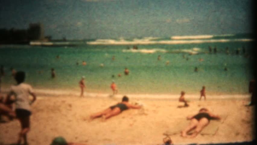 hawaii beach vintage