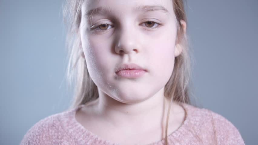 like-hd-video-small-girls-naked-girls-sitting