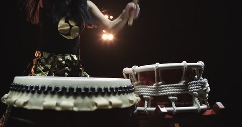 4K, very epic performance of Japanese Taiko drummers on stage, various rhythm and movement, slow motion, close-up