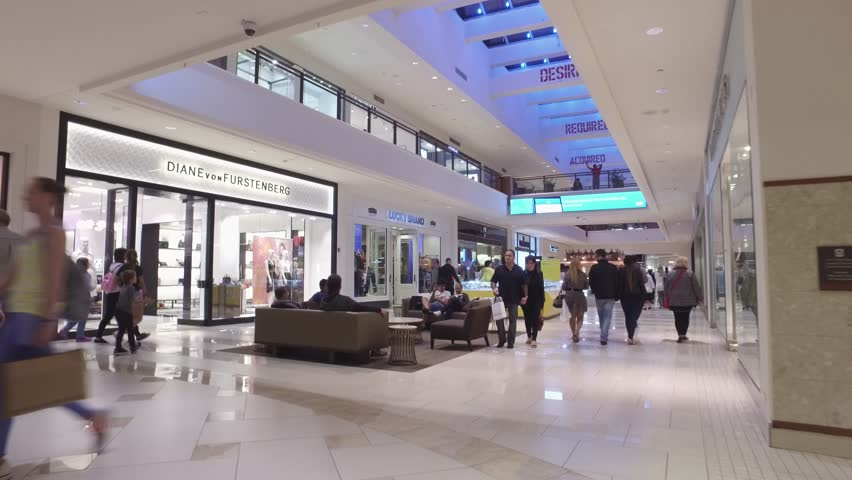 AVENTURA FEBRUARY Video Of Aventura Mall Which Is South - Largest malls in usa