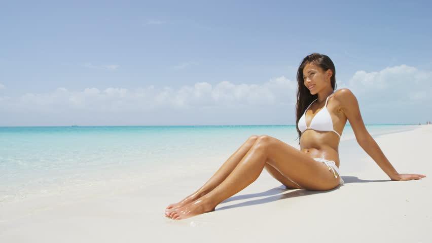 Caribbean tan bikini — photo 2