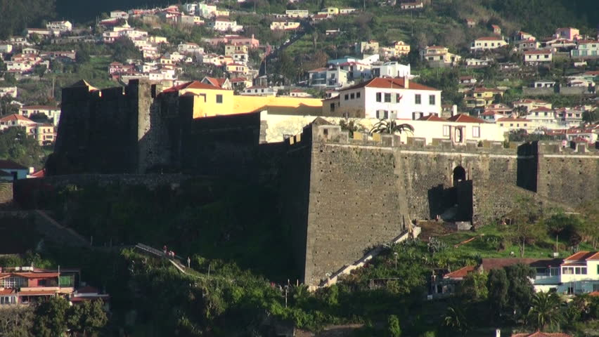 Pico fortress in Funchal, Madeira Island, 17th century: in the 20th was ceded to the Navy, which installed their communications centre here. It was classified monument of public interest in 1943.