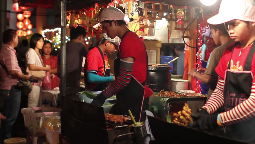 CHINA TOWN, BANGKOK - FEBRUARY 11, 2013 : 