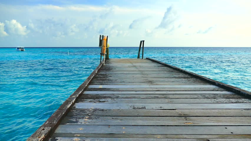 Beautiful tropical beach and sea in maldives island