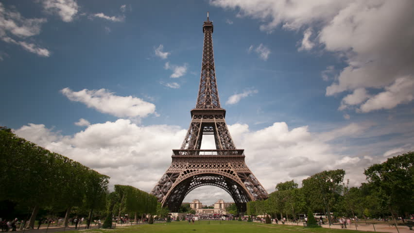 Paris timelapse with Eiffel Tower ...