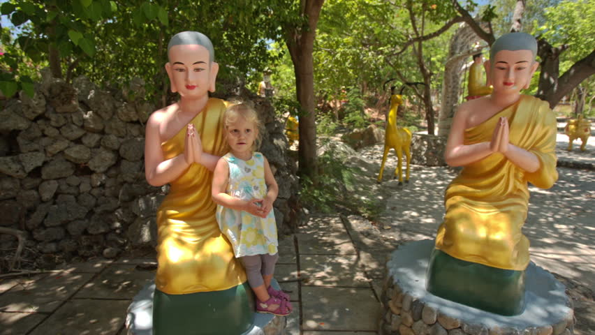 buddhist single women in little rock Bronkhorst notes that the buddhist canon has a mass of contradictory statements, little is known about their relative chronology, and there can be no doubt that the canon – including the older parts, the sutra and vinaya pitaka.
