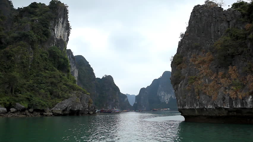 Ha Long Bay (Descending Dragon Bay), Vietnam, UNESCO World Heritage Site, Boats