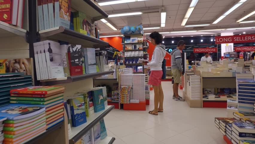 SAN BENEDETTO DEL TRONTO, ITALY - CIRCA AUGUST, 2016: Bookstore In ...