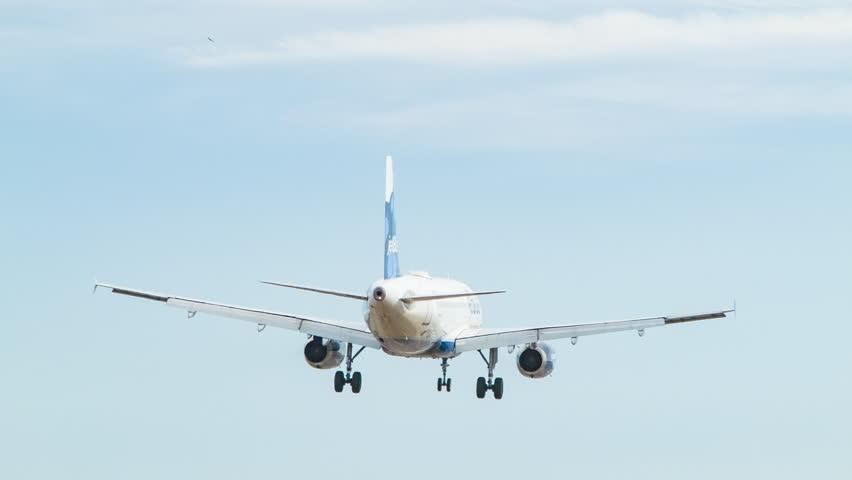 WASHINGTON DC - 2016: Jet Blue Airbus Landing at Ronald Reagan National Airport Runway