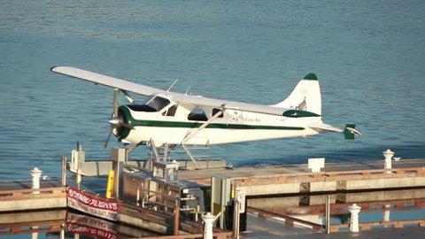 Floatplane idling at dock