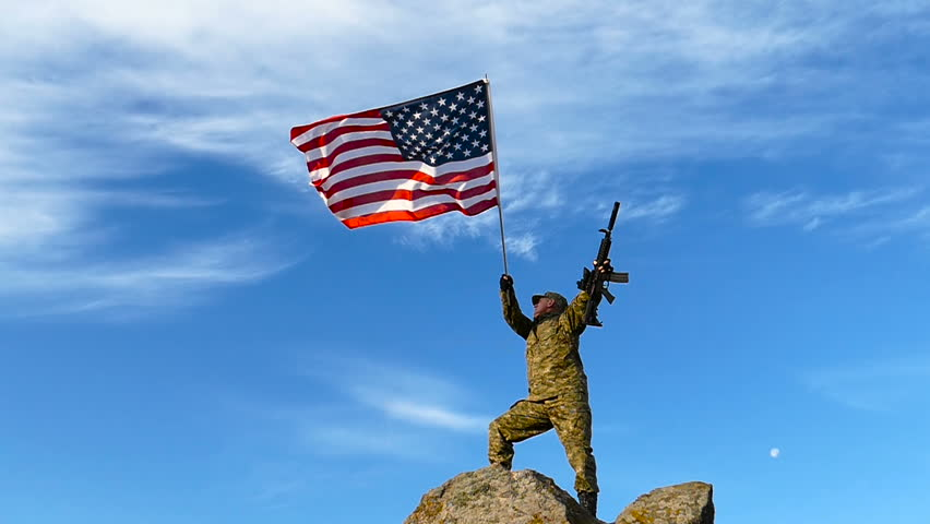 vídeo stock de american soldier waving flag of 100 livre de