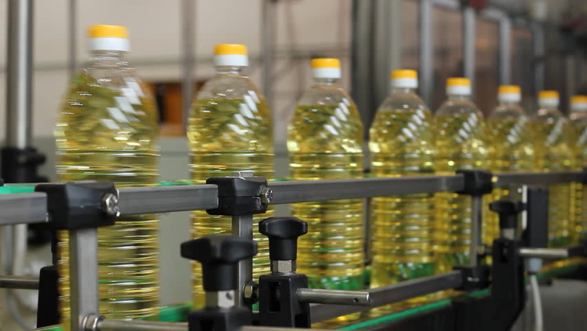 Production of sunflower oil in the factory
