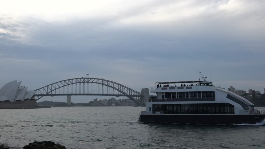 SYDNEY AUSTRALIA SEPTEMBER Water Wave And Cruise Ship - Cruise ship movements sydney harbour