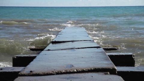Waves Crash Concrete Pier  Canon 5D Mark II, Apple Prores 422, 1920x1080, 24fps, 231.6 MB