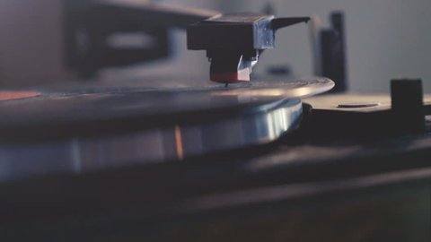 Cinemagraph (seamless loop): retro record vinyl player