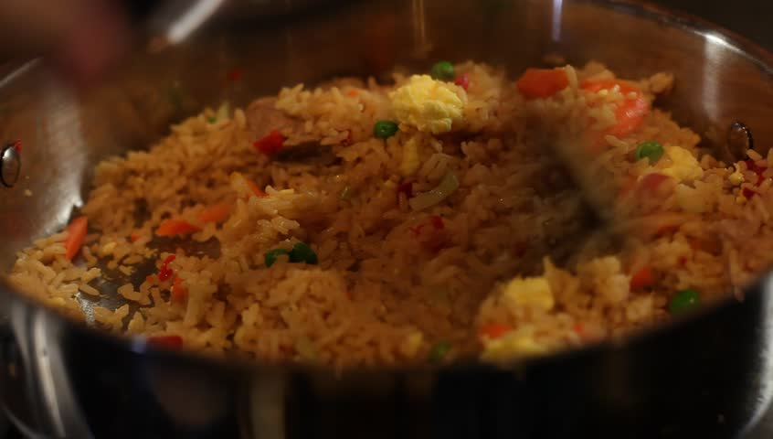 the chicken response on cooked rice One pan baked chicken brown rice vegetable not be 100% cooked through and you don't want to have to overcook your rice to get the chicken to finish cooking.